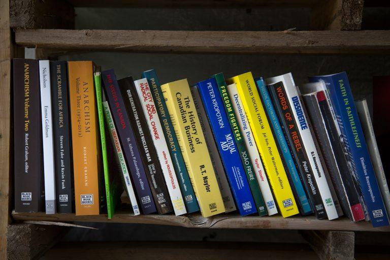 La bibliothèque du camp, 2017 - 2018