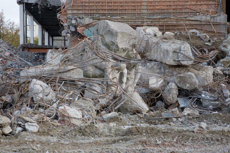 Monument aux hommes des carrières 01, 2008 - 2009
