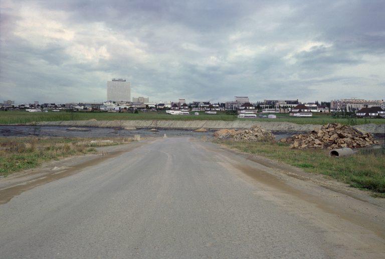 Impasse (Aux portes de la ville), 1999